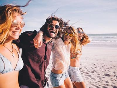 60 frases carinhosas de amizade para lembrar que ter amigos vale a pena
