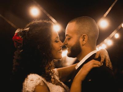 35 mensagens de casamento para amigos que vão demonstrar apoio