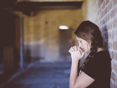 50 frases de oração que vão te conectar com a sua fé