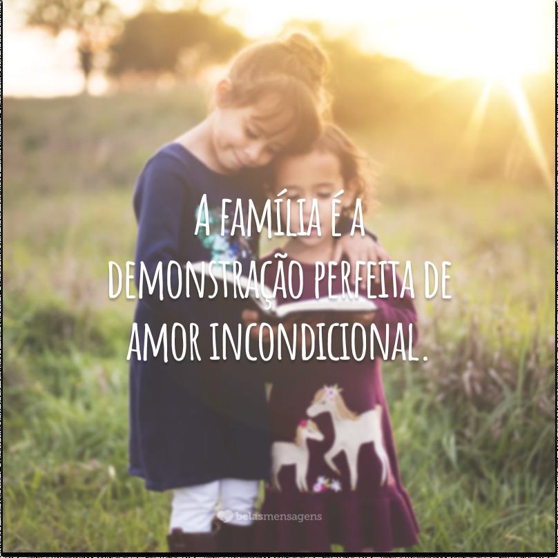 A família é a demonstração perfeita de amor incondicional. Quando os seus membros remam na mesma direção, não há obstáculo ou dificuldade que ponha sequer em causa a união existente.