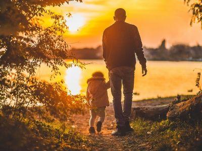 45 frases para Dia dos Pais evangélicas que agradecem um homem de fé