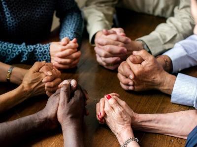 45 mensagens evangélicas para amigos que vão edificar essa amizade