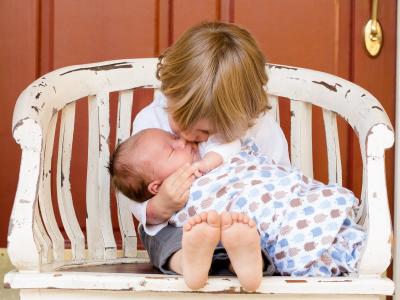 50 frases para irmão mais novo que enaltecem essa amizade incrível