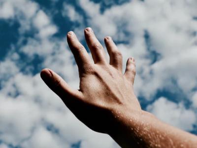 40 frases de tudo passa que nos ensinam a continuar acreditando