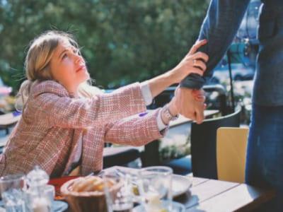 40 frases de amor impossível para lutar por quem se ama