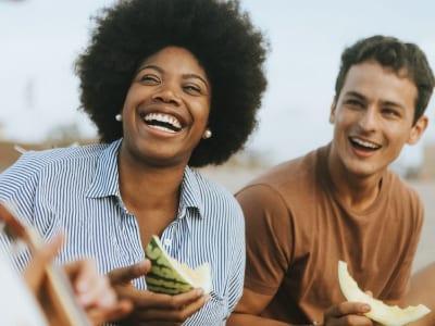 70 frases para amigos verdadeiros que mostram os que estão ao seu lado