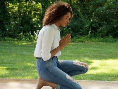 50 frases de Salmos para status que louvam ao Senhor e te abençoam